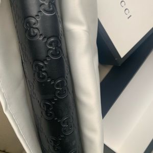 Gucci Bags - Gucci purse.